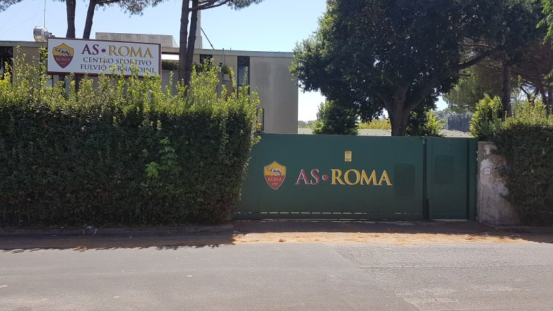 TRIGORIA 25/11 - Sala video, attivazione, torello. Assente Smalling