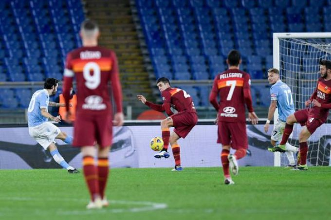 Lazio-Roma 3-0, Le Pagelle dei Quotidiani